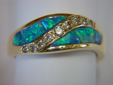 Natural,Opal,and,Diamond,Ring,set,in,18,Karat,Gold,Opal Inlay, carusetta, Opal wedding ring, Opal and diamonds, 18 Karat, 14 Karat, Platinum, Wedding Ring, Inlay, Gold and Opal, Custom Wedding Rings, Arizona, Navajo Jewelry,
