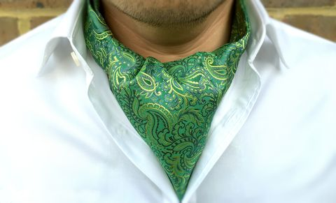 CAELEN,green paisley silk cravat, green silk cravat tie, green silk ascot tie, green paisley silk ascot tie, mens silk cravats online, buy cravat online, buy silk ascots online