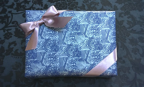 Blue,Wrap,&,Pink,Ribbon