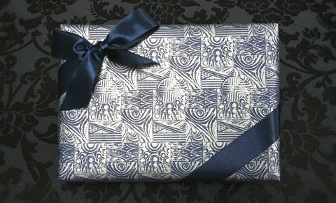 Blue,Wrap,&,Navy,Ribbon