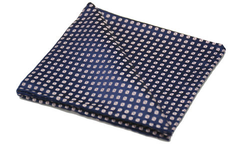 Branan,pink silk pocket square, navy pink pocket square, pocket squares for men, silk pocket squares online, silk pocket square, silk hanks online, silk handkerchiefs, buy pocket squares, pocket squares made in england