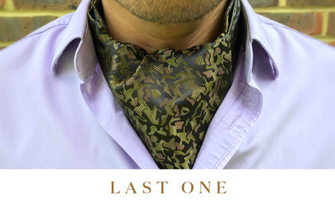 OLIVER,camo cravat, camouflage crava, camoflage cravat, camo ascot, brown ascot tie, brown silk cravat, camouflage pattern ascot
