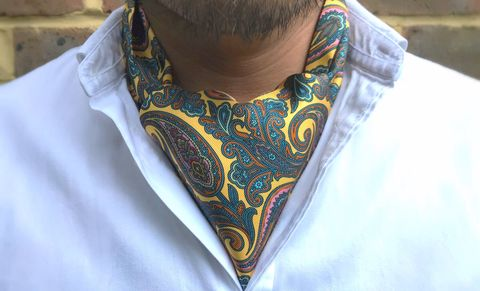 DEVENDRA,mens silk ascots, mens silk cravats, yellow silk cravat, yellow paisley cravat, yellow paisley ascot, paisley cravats for men, paisley ascots men, yellow cravat online, silk cravats online, yellow ascot online, patterned cravat online, patterned silk crav