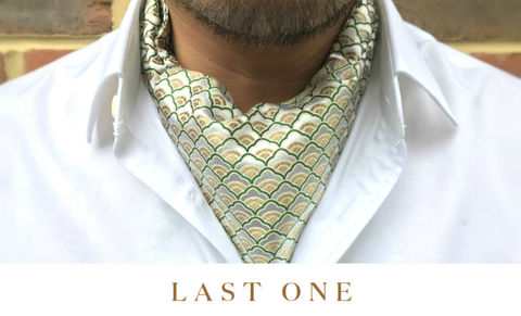 HIRO,japanese cravat, japanese pattern, silk cravat, silk ascot tie, ascots, luxury ascots, luxury cravats, silk day cravat, geometric pattern cravat, japanese pattern ascot, white cravat, green cravat, white ascot, patterned ascot tie