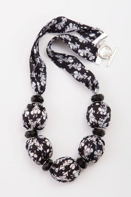 Mokuren Short Necklace with Large Beads - product images  of