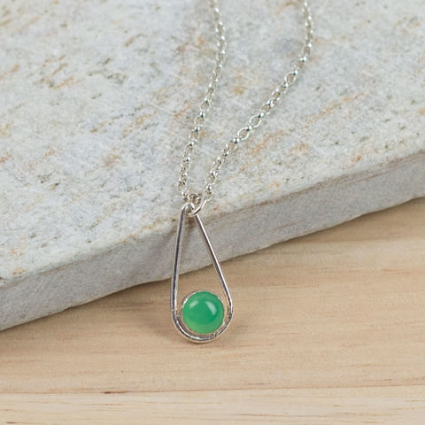 Silver,Chrysoprase,Teardrop,Necklace,Jewelry,Tanya_Garfield,UK_handmade,free_UK_delivery,apple_green,birthstone,May_birthstone,birthstone_necklace,bridesmaid_necklace,bridesmaid_gift,modern_pendant,good_fortune,teardrop_pendant,contemporary