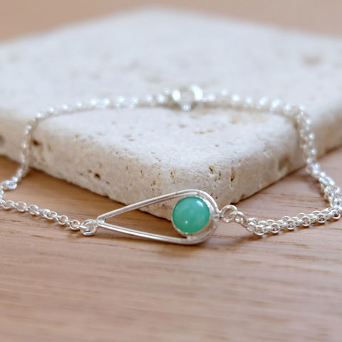 Silver,Chrysoprase,Teardrop,Bracelet,Jewelry,Tanya_Garfield,UK_handmade,free_UK_delivery,apple_green,contemporary,May_birthstone,birthstone_bracelet,bridesmaid_bracelet,good_fortune,modern_bracelet,double_chain,bridesmaid_gift,teardrop_bracelet