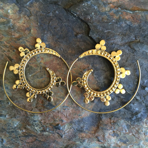 Handmade,Brass,Gipsy,Tribal,Boho,Spiral,Earring,with,roses,On, the, verge, online, Handmade, brass, spiral, tribal, earrings