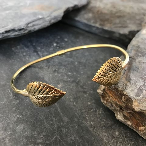 Beautiful,adjustable,brass,bracelet,with,2,leaves, bracelet, leaves, adjustable, ontheverge, on the verge, jewelry, jewellery
