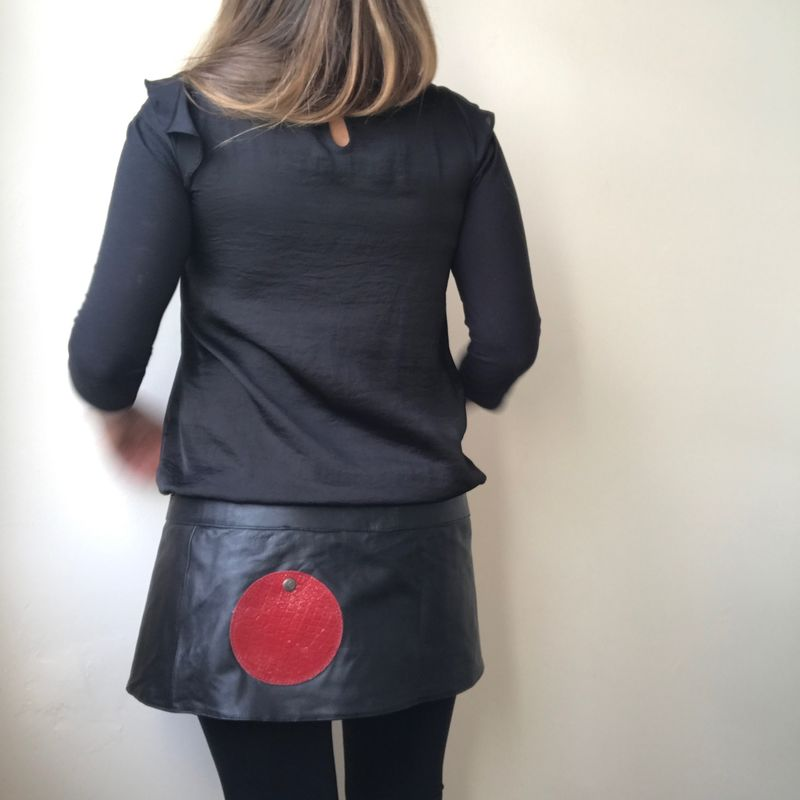 Leather mini skirt - sixties melancholia : black with red snake print effect pockets - product images  of
