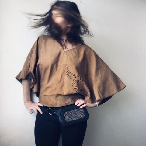 SUEDE,TOP:,beige,with,custom,design