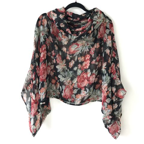 NEW,'la,bohème',cowl,neck,hooded,top:,black,,floral,cowl | neck | top | hooded | bell sleeves | black | floral
