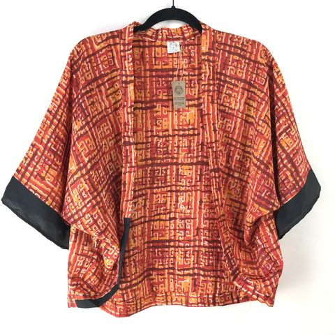 PETITE,KIMONO,style,jacket:,orange,with,black,trims,petite, kimono, style, jacket, cardigan, on the verge, orange with black trims