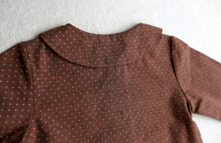 Manaka Dot Blusa solo S!  - Cafe - product images  of
