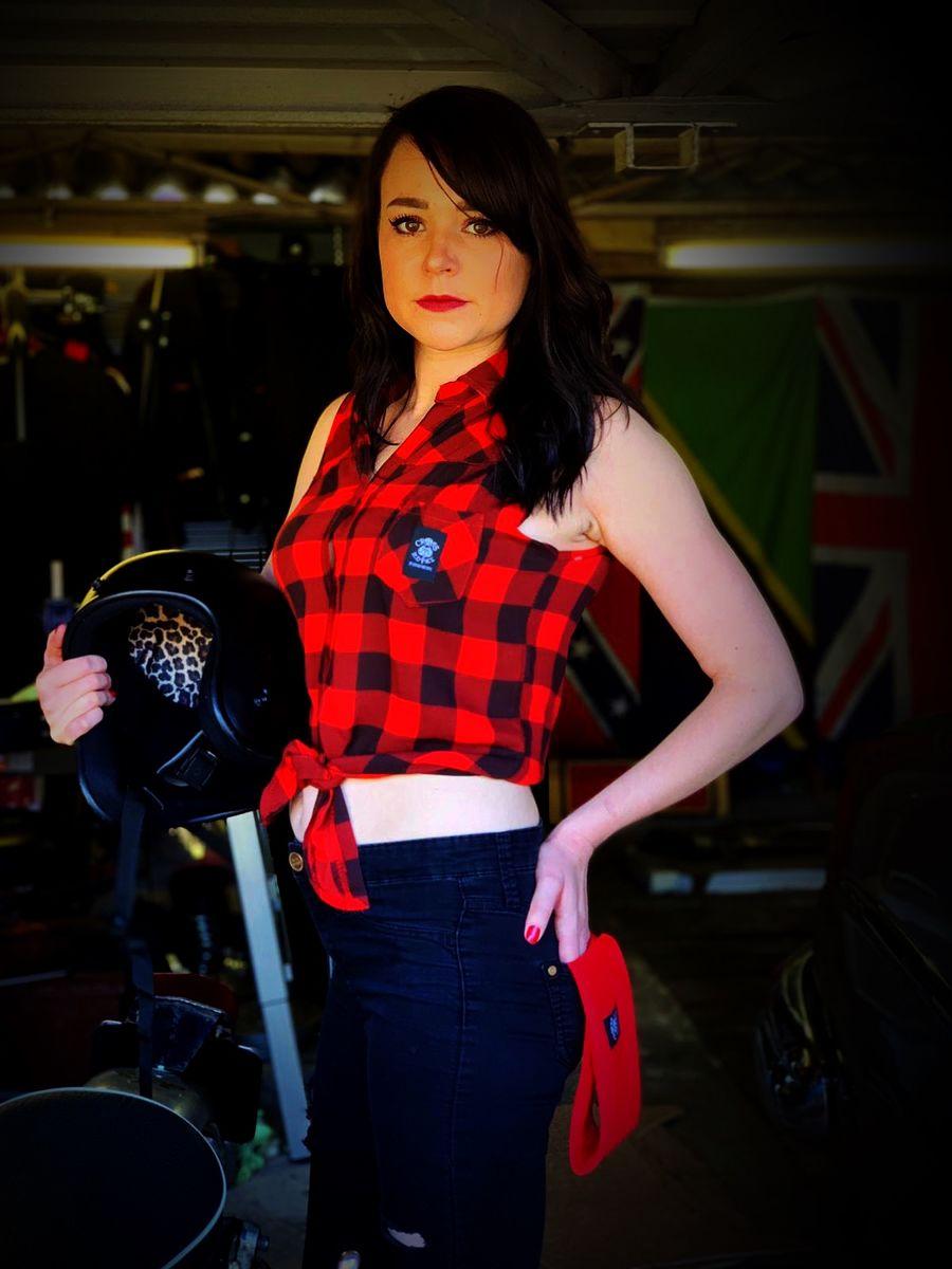 63c2809b28a Women Lumberjill Sleeveless Check Knot-Tie Crop Top - Red Black ...