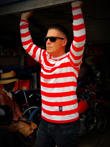 Red,and,White,Wide,Striped,Long,Sleeve,Tee,long sleeve tee, long sleeve tshirt, striped tshirt, striped tee, biker stripped tshirt, biker striped tee, red and white striped tshirt, red and white triped top,