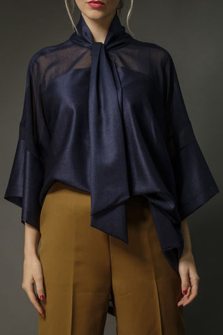 Silk,and,linen,oversized,pussy,bow,kimono,top,silk, linen, kimono, blouse, pussy bow, fashion week, workwear,