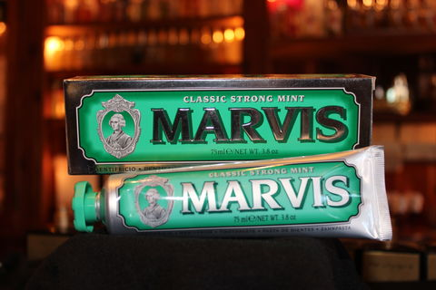Classic,Strong,Mint,Toothpaste,Strong Mint, Classic, Strong Mint Toothpaste, Marvis Classic Strong Mint