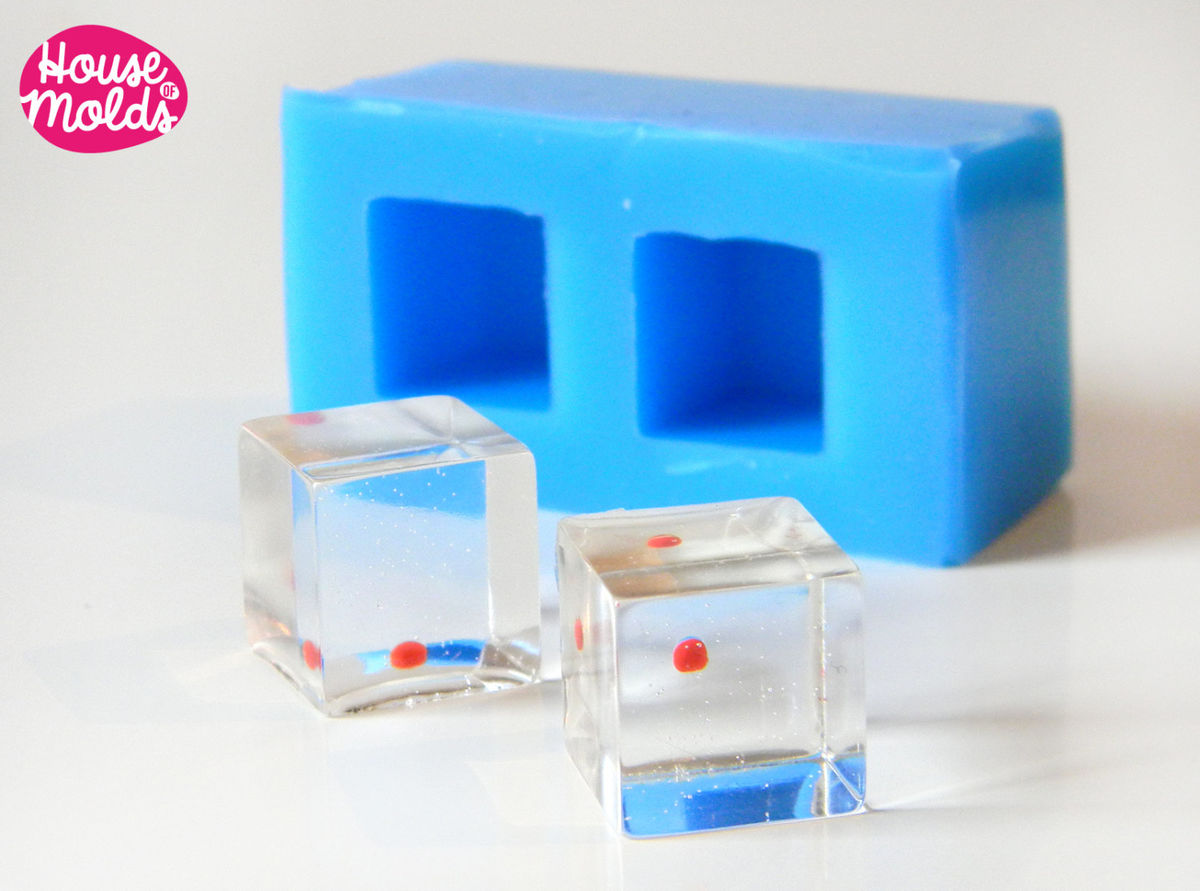 2 Cubes Silicone mold-mold to make 2 resin cubes 15 mm-House