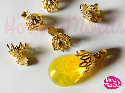 Filigree,cups,with,pinch,+,smooth-stud-inside,-brass-setting-for-pendants-10-mm,inside,diameter-gold,silver,or,steel,colour,filigree round setting,pendant setting,gold connector,pendant connector,resin setting,cabochon setting,resin drops setting,silver settings