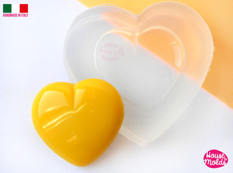 Smooth,Heart,Clear,Silicone,Mold,-,HOUSE,OF,MOLDS,21,mm,x,23,pendant,mold,for,resin,super,shiny,surface,easy,to,use,heart_mold, mold_for_heart , Supplies,Bead,silicone_mold,jewelry_making,clear_resin,resin_supplies,mold_for_pendant,clear_mold,mold_for_earrings,mold_for_resin,mold_for_necklace,resin_mold,europeanstreetteam,cabochon_mold,resin_cabochon,cl