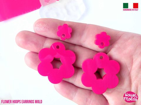 Flower,Hoops,Dangle,earrings,Clear,Mold,,Premade,Holes,,,4,cavites,,easy,to,use,Transparent,Mold,,super,shiny,Flower Hoops Dangle earrings Clear Mold, flower earrings mold , _earrings ,house_of_mold_earring_moon_earrings_mold, sixties_style_mold , mod earrings mold_Supplies,silicone_mold,clear_mold,mold_for_resin,resin_supplies,pendant_mold,clear_mold_dr