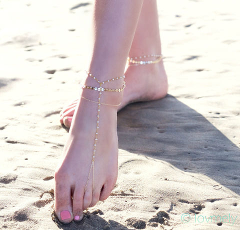 BELLA,BAREFOOT,ANKLET,SANDAL-,draped,wire,wrapped,pearl,chain,and,gold,filled,chains,Jewelry,Anklet, barefoot sandal, barefoot sandals,BRACELET,VINTAGE,GOLD,BEACH,FESTIVAL,GYPSY,BELLY_DANCER,CHAIN_ANKLE_PIECE,BOHEMIAN,COSTUME,ANKLE_JEWELRY,body_chain,JAPANESE BEADS,VINTAGE CHAIN,GOLD CHAIN,CHARM