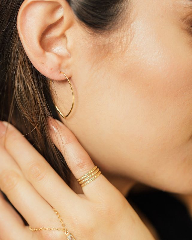 Lovmely- gold tapered earring - product images  of