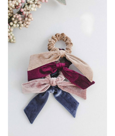 CASSIA,SCRUNCHIE,4,pack,set,scrunchie, VALENTINE'S DAY HAIR ACCESSORIES, HAIR ACCESSORIES, HAIR TIES, VELVET HAIR TIES