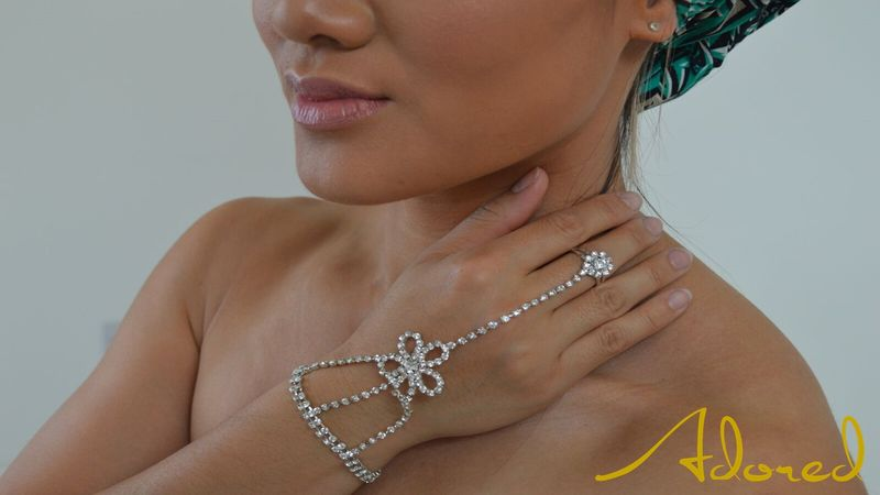 Daisy Hand Chain - product images  of