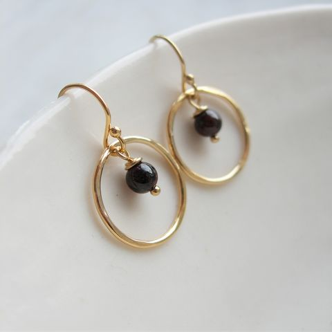 Garnet,and,Gold,Hammered,Circle,Earrings,garnet earrings, january birthstone jewellery, hazey designs