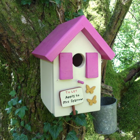 Personalised,Handcrafted,Pink,Bird,House,gifts for the garden, gifts for fathers day, fathers day, decorative bird houses, bird houses for sale, encouraging birds to the garden, new home gift, house warming gift, wedding day gift for garden, wildlife houses for sale, Snowdonia, siop gardd,