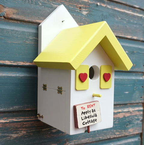 Personalised,Bird,House,bird house, personalised birdhouse, bird box, wildlife box, wildlife house, nesting box, garden feature, gift for gardener, gardens, wild birds, British birds