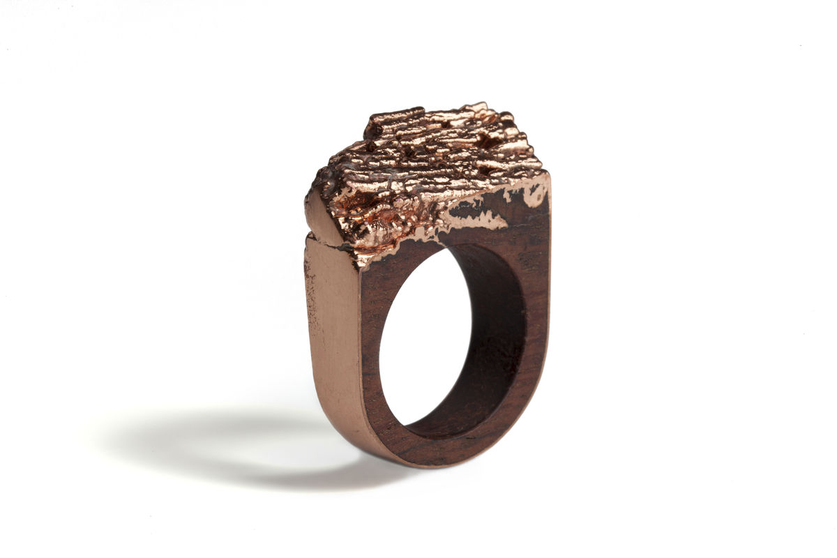 Bibinga wood and copper ring - product image