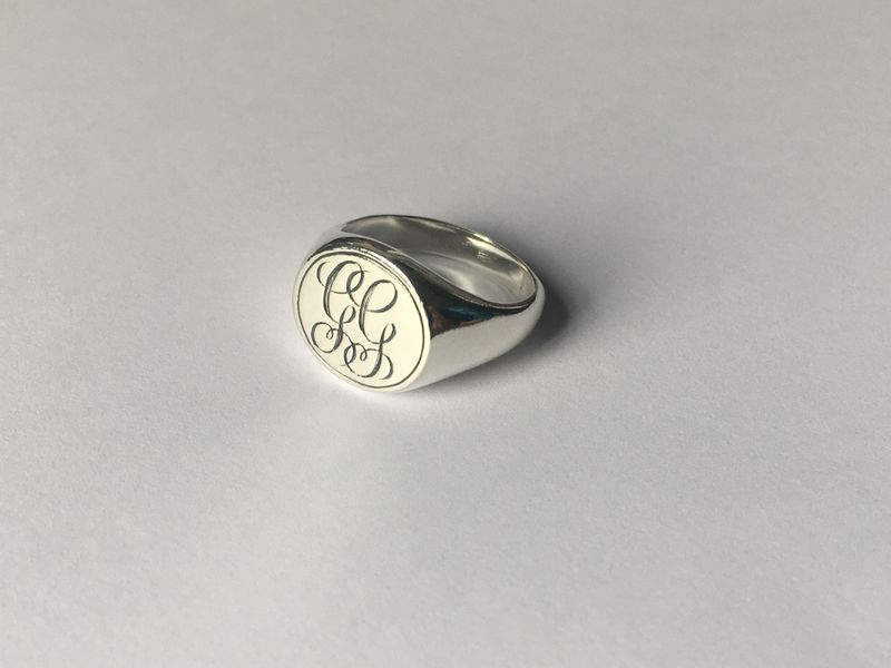 Classic Round Signet Ring - Silver or Gold - product image