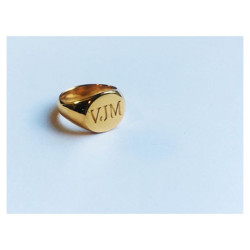 Little sister Oval Signet Ring - with or w/out engraving - product images  of