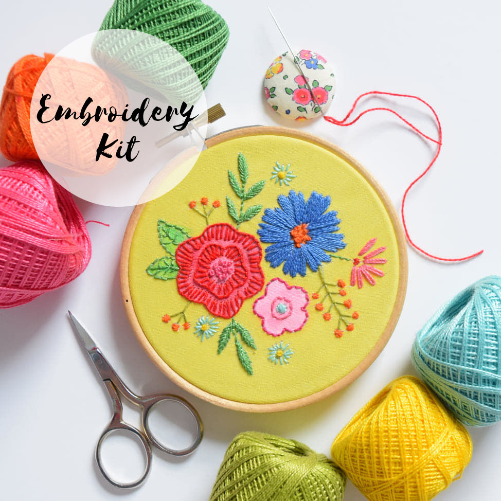 Embroidery Kit Small Floral Posy - product image
