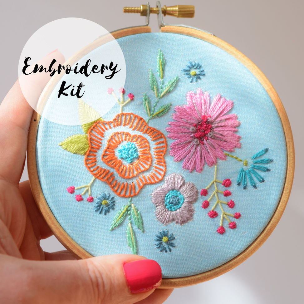 Embroidery Kit Small Floral Posy Blue - product image
