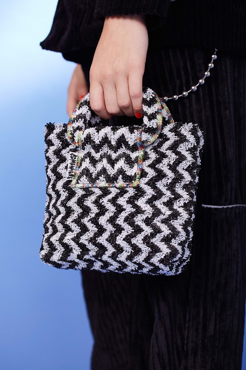 ZIGZAG TOTE BAG - product image