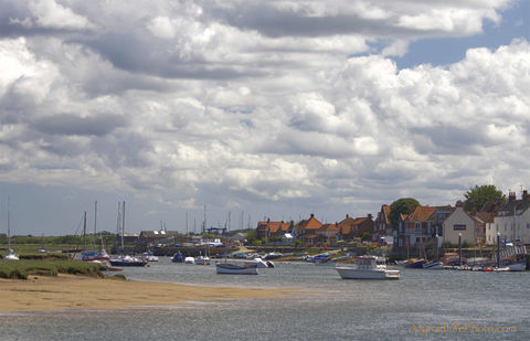 View,to,East,Quay,,Wells-next-the-Sea,wells next the sea, boat print, seaside print, coastal print, Norfolk coast print, prints of Norfolk, tranquil sea, speeding boat, one boat, sea cloud print