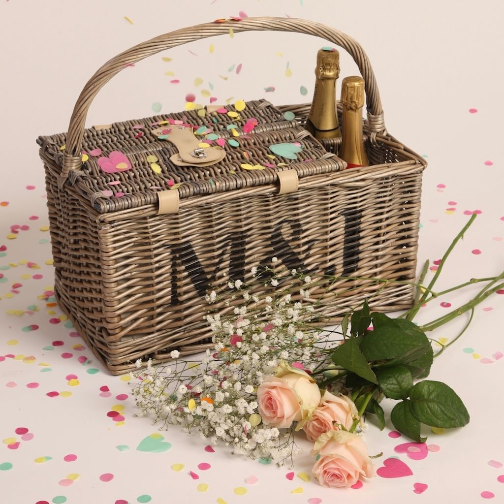 Personalised Two Person Picnic Basket - FREE GIFT WRAP & UK DELIVERY - product images  of