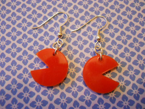 Red,Pac,Man,Earrings,harajuku kawaii shiny red pac man computer game on drop earrings.