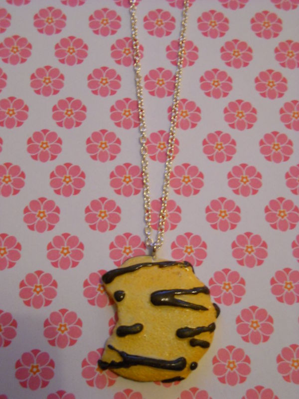 Large Chocolate Cookie Necklace - product images  of