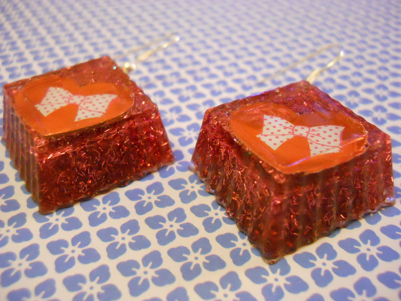 Red Bow Hearts Cube Wagashi Resin Earrings - product images  of