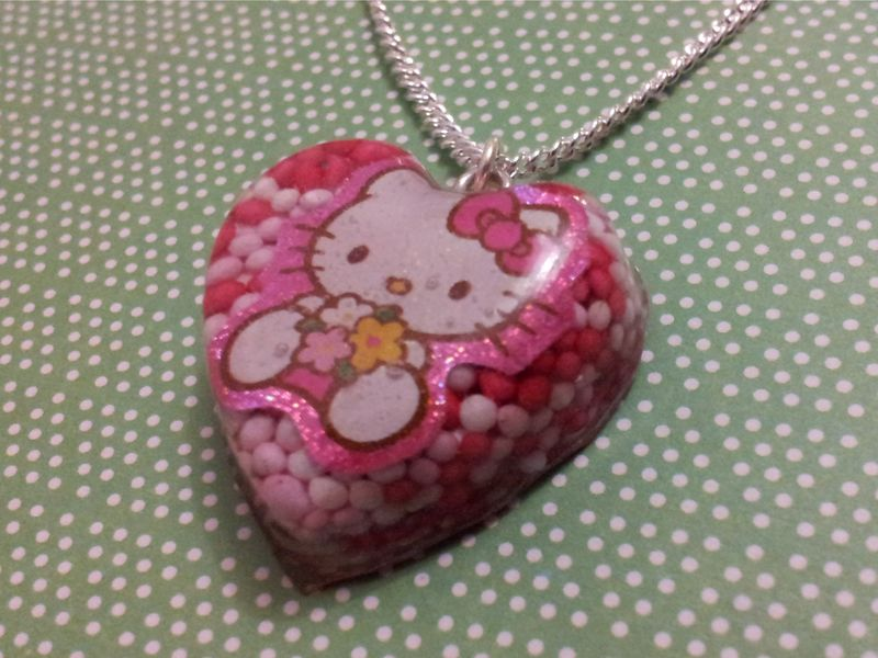 100s and 1000s Love Sweetheart Hello Kitty Necklace - product images  of