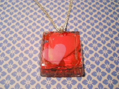 SUPER,Sparkly,Square,LoveHeart,Necklace,Unbelievably sparkly and eye-catching square resin necklace pendant filled with super sparkly red heart confetti glitter and featuring a kawaii red and pink heart image. pendant silver gold necklace chain cute pendant