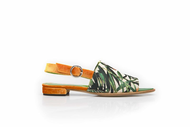 Sandals in jungle motif - product images  of