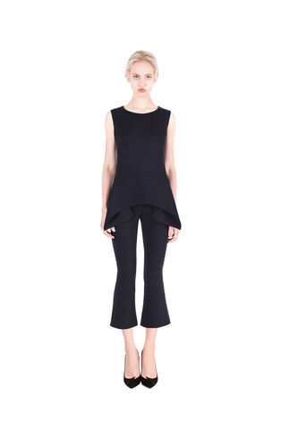 Black,sleeveless,pel,draped,top