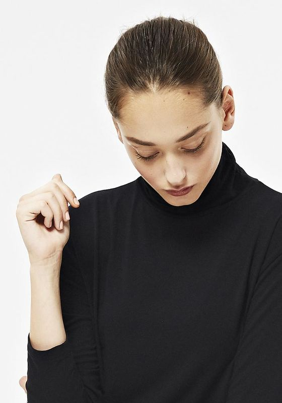 LONG SLEEVE POLO IN BLACK  - product image