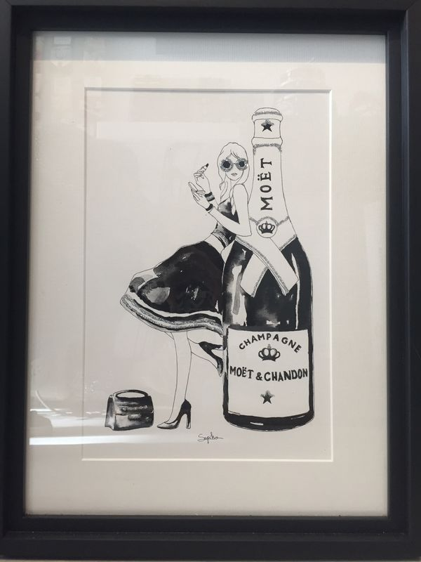 Champagne lady ( black n white )  - product image